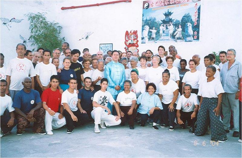 La Escuela 2004